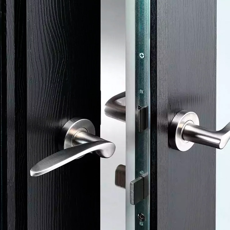 Winsor Windows ROCKDOOR locking system